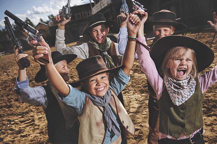 Glada barn på High Chaparral